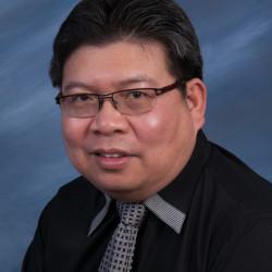 Dr. Cesar Villaflor